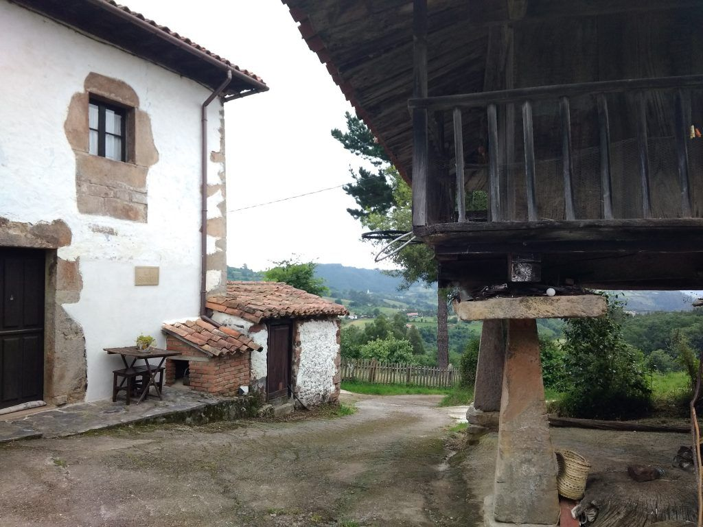 La Casa con la Panera
